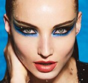 Blue-black-eyeliner-makeup